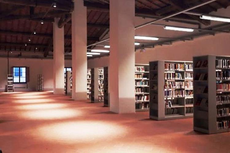 foto dell'interno della Biiblioteca ai Bottini dell'Olio
