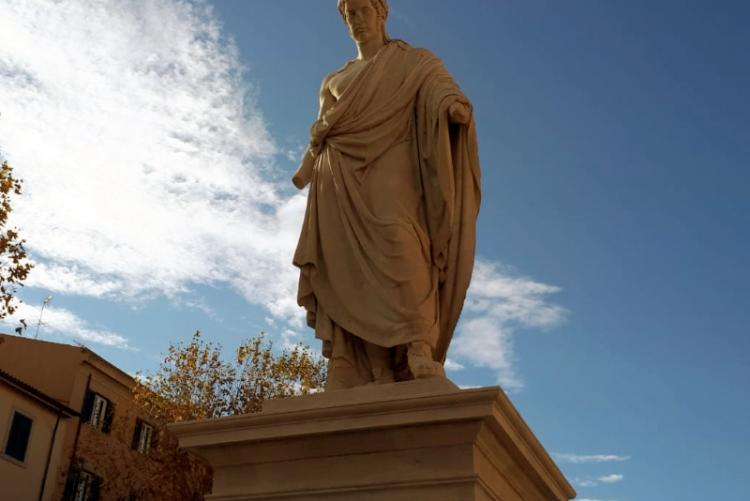 Immagine della statua di Leopoldo secondo di Toscana