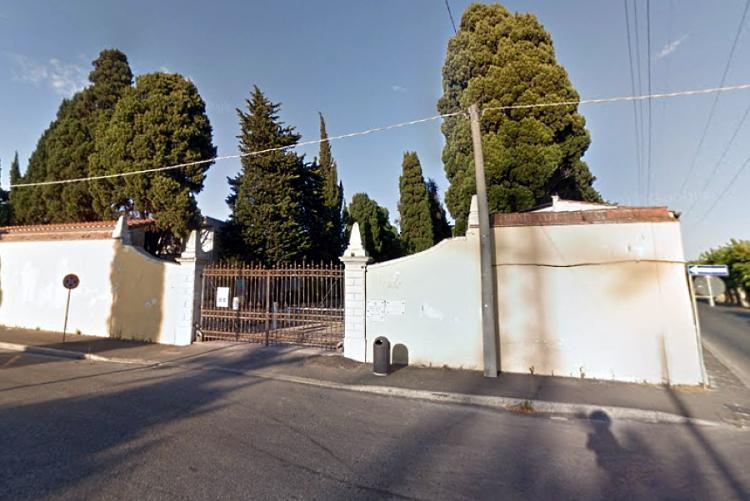 Foto dell'ingresso del Cimitero della Cigna