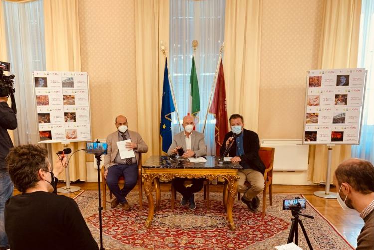 immagine di un momento della conferenza stampa