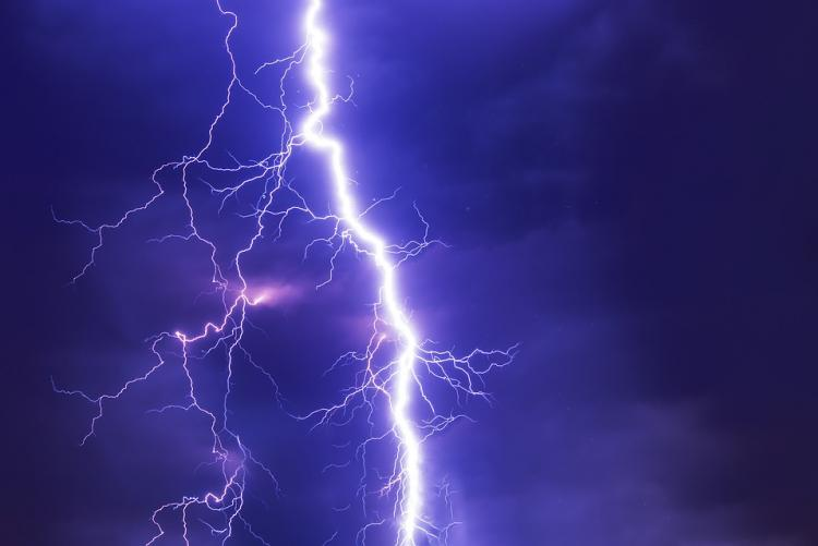 Immagine di un fulmine