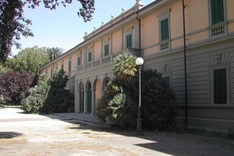 foto dei Granai di Villa Mimbelli