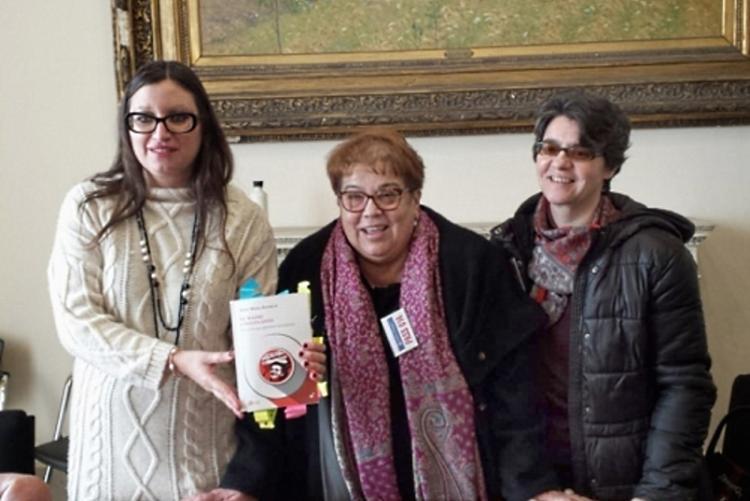 Foto di Stella Sorgente, Anna Maria Bernieri e Silvia Ghelardi alla presentazione dell'iniziativa sulle Madri Costituenti