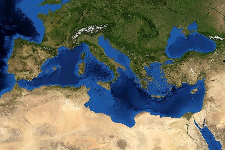 Immagine aerea del bacino del Mar Mediterraneo
