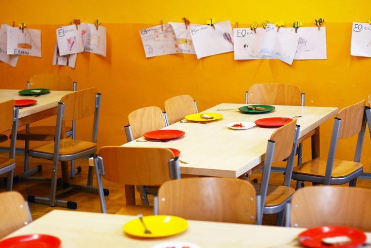Immagine di una mensa scolastica