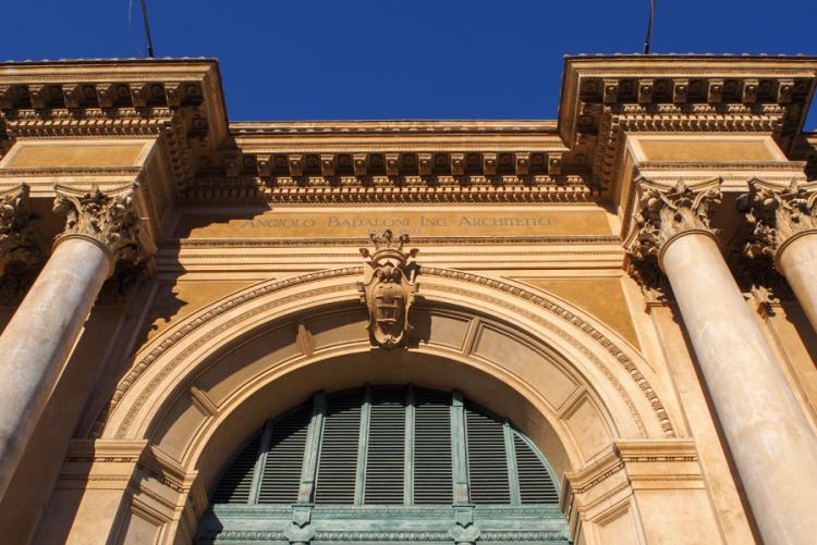 foto della facciata del Mercato Centrale