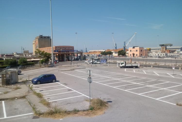 parcheggio santa trinita per residenti