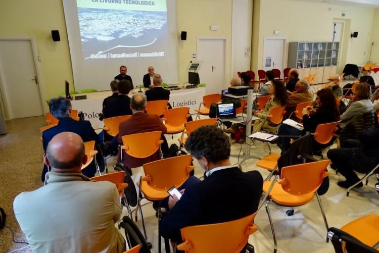 Immagine di un momento dell'incontro a Villa Letizia