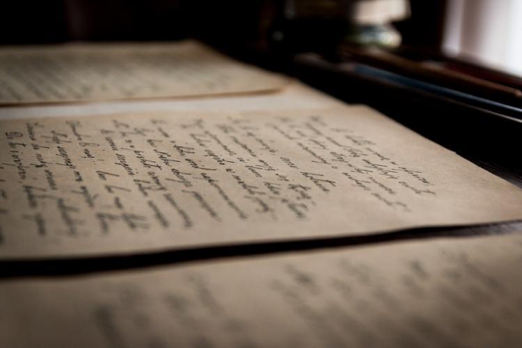 immagine di vecchie lettere