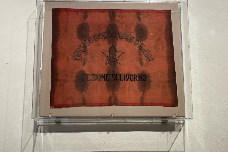 foto della bandiera del PCI