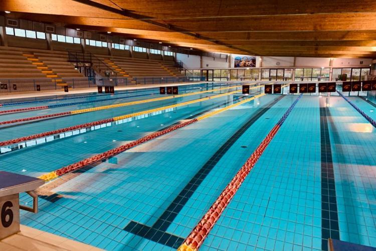 piscina camalich