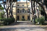 Bilioteca Labronica Villa Fabbricotti: l'edificio
