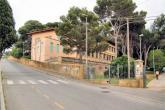 scuola secondaria di 1? grado villa corridi: ingresso dalla strada